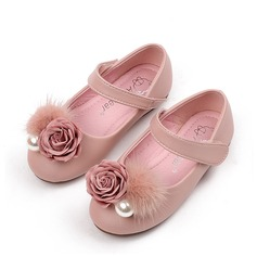 Girl's Round Toe Microfiber Leather Flat Heel Flats With Imitation Pearl Velcro Flower
