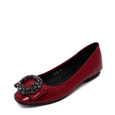 Women's PU Flat Heel Flats Closed Toe With Rhinestone shoes (086139674)