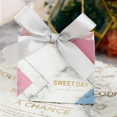 Sweet Love Other Card Paper Favor Boxes With Ribbons