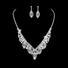 Ladies' Chic Rhinestones With Round Jewelry Sets