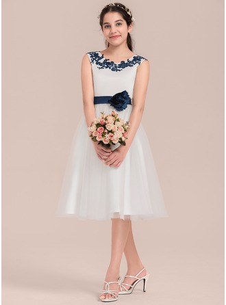 Knee-length Flower Girl Dress - Satin Tulle Sleeveless Scoop Neck With Flower(s)