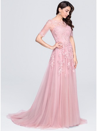 A-Line/Princess Scoop Neck Court Train Tulle Prom Dresses With Appliques Lace