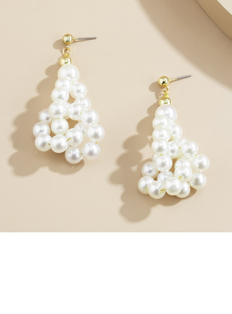 Ladies' Elegant Imitation Pearls Imitation Pearls Earrings For Bridesmaid/For Mother/For Friends