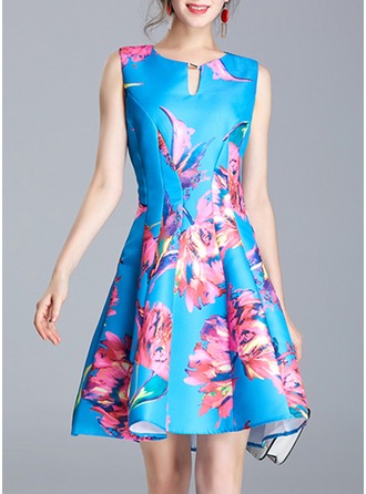Polyester With Stitching Knee Length Dress