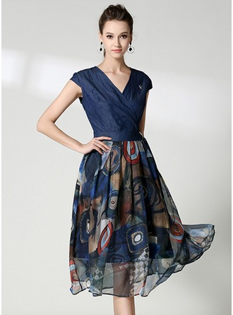 Denim With Print/Crumple Midi Dress