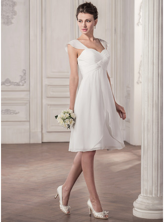 Sweetheart Knee-Length Chiffon Wedding Dress