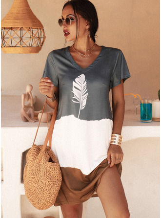 Print Shift V-Neck Short Sleeves Midi Casual T-shirt Dresses