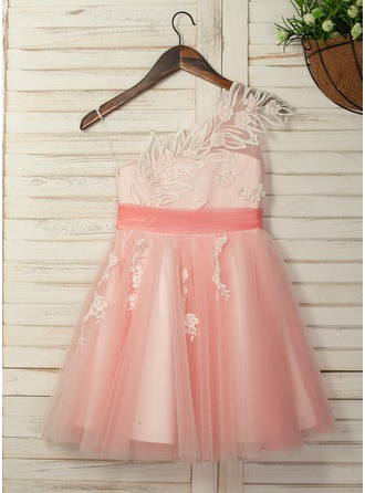 A-Line/Princess Knee-length Flower Girl Dress - Tulle/Lace Sleeveless One-Shoulder With Appliques/Pick Up Skirt