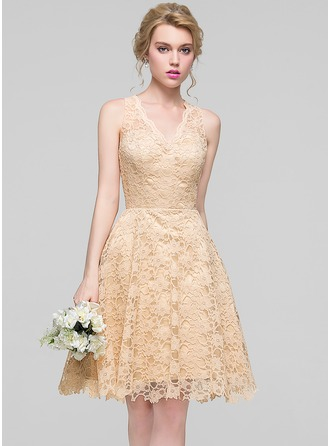 V-neck Knee-Length Lace Bridesmaid Dress