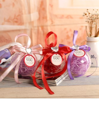 Ball Favor Tin With Ribbons