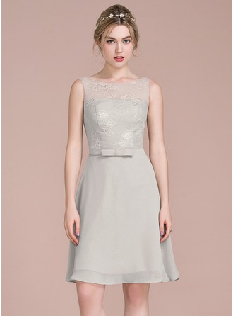 A-Line/Princess Scoop Neck Knee-Length Chiffon Cocktail Dress With Bow(s)