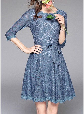 Lace With Lace/Embroidery/Hollow/Crumple Knee Length Dress