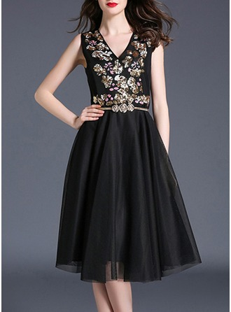 Tulle With Mesh/Sequins/Stitching Knee Length Dress