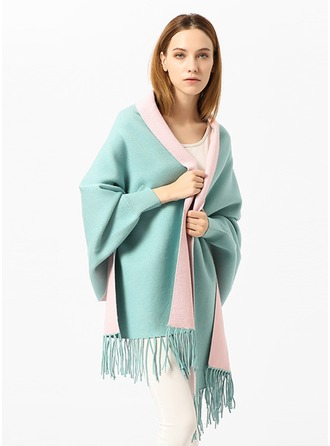 Solid Color Oversized/Cold weather Acrylic/Artificial Wool Poncho