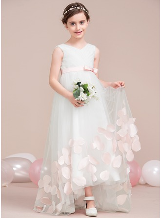 A-Line/Princess V-neck Asymmetrical Tulle Junior Bridesmaid Dress With Sash Flower(s) Bow(s)