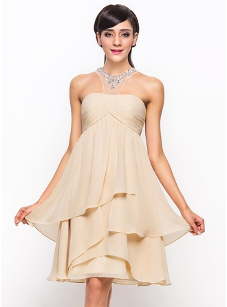 A-Line/Princess Scoop Neck Knee-Length Chiffon Cocktail Dress With Ruffle Beading Sequins