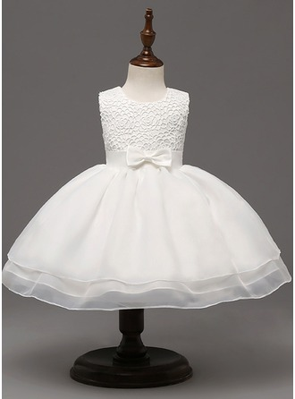 A-Line/Princess Knee-length Flower Girl Dress - Tulle/Polyester Sleeveless Scoop Neck With Bow(s)