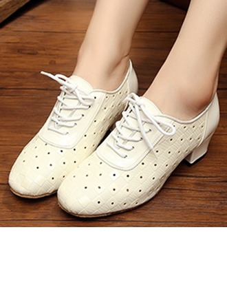 Women's Leatherette Flats Sneakers Modern Swing Party Dance Shoes