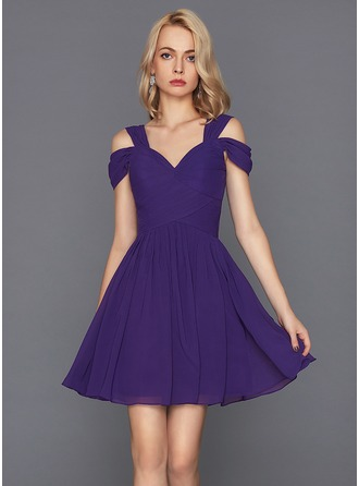 A-Line/Princess Sweetheart Short/Mini Chiffon Homecoming Dress With Ruffle