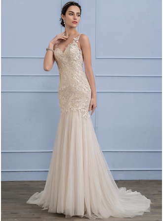 Trumpet/Mermaid V-neck Court Train Tulle Lace Wedding Dress With Beading Sequins