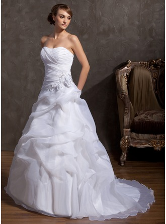 Sweetheart Court Train Organza Wedding Dress With Beading Appliques Lace Flower(s)