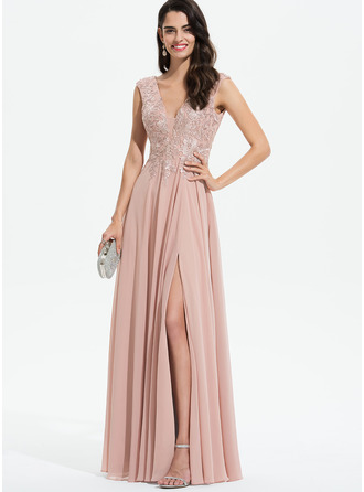 V-neck Floor-Length Chiffon Prom Dresses With Lace Split Front