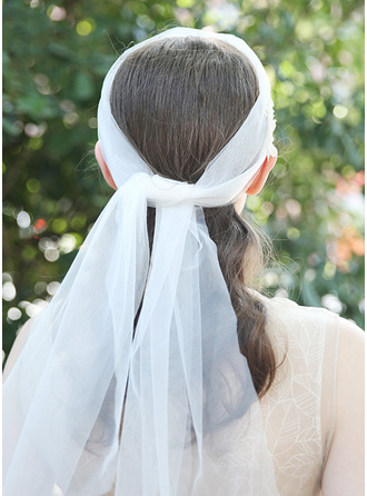 One-tier Cut Edge Chapel Bridal Veils With Embroidery