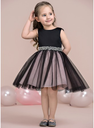 Po kolena Flower Girl Dress - Satén Tyl Bez rukávů Scoop Neck S Zdobení korálky