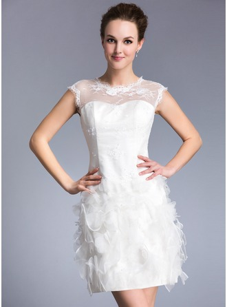 Sheath/Column Scoop Neck Short/Mini Lace Wedding Dress With Beading Flower(s) Sequins