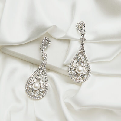 Charming Pearl/Zircon Ladies' Earrings