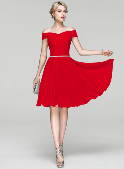 A-Line/Princess Off-the-Shoulder Knee-Length Chiffon Cocktail Dress With Ruffle Beading