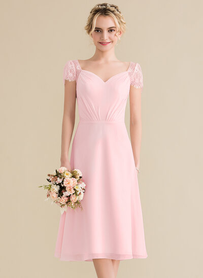 A-Line/Princess Sweetheart Knee-Length Chiffon Lace Bridesmaid Dress With Ruffle