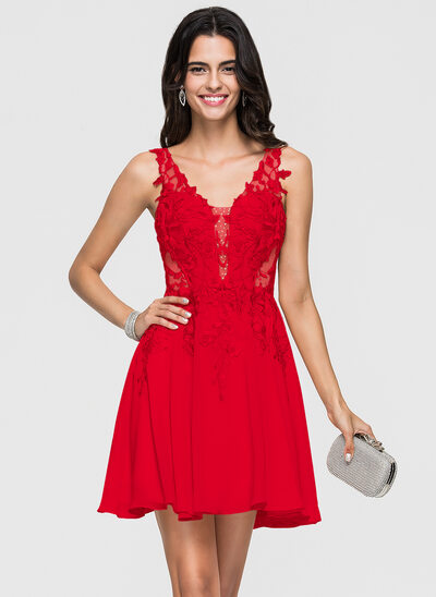 A-Line V-neck Short/Mini Chiffon Homecoming Dress With Lace Beading