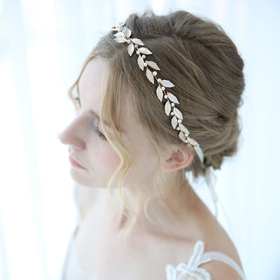 Classic Alloy Headbands With Venetian Pearl (Sold in single piece)