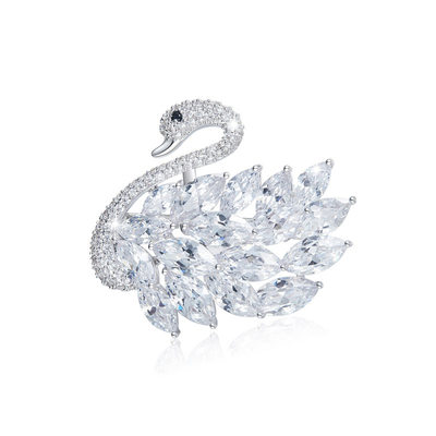 Swan Shaped Alloy/Rhinestones With Rhinestone Ladies' Brooch