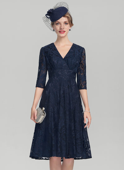 A-Line/Princess V-neck Knee-Length Lace Mother of the Bride Dress