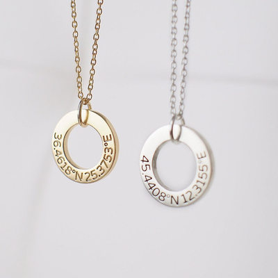 Personalized Couples' Hottest Gold Plated/Silver Plated With Round Engraved Necklaces Necklaces For Bridesmaid/For Friends/For Couple