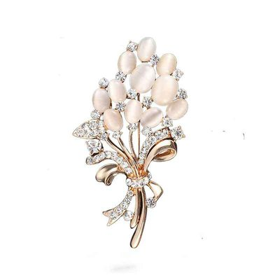 Flower Shaped Alloy/Rhinestones With Rhinestone Ladies' Brooch