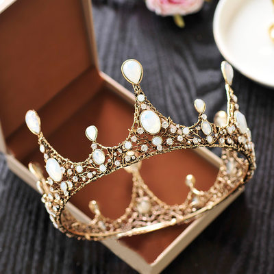 Ladies Exquisite Crystal/Rhinestone/Alloy Tiaras With Rhinestone/Imitation Crystal