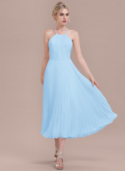 A-Line/Princess Scoop Neck Tea-Length Chiffon Bridesmaid Dress With Pleated