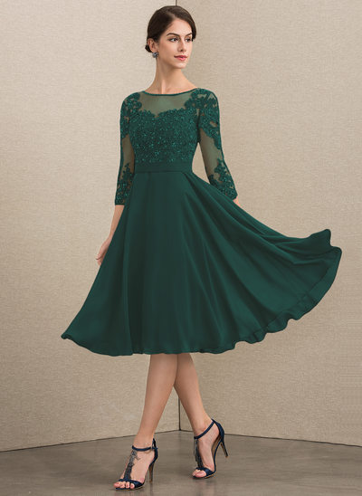 A-Line Scoop Neck Knee-Length Chiffon Lace Mother of the Bride Dress With Beading Sequins