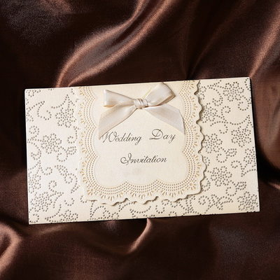 Classic Style Tri-Fold Invitation Cards mit Bänder