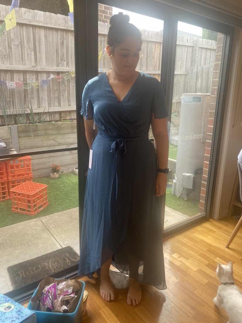 A-Line V-neck Asymmetrical Chiffon Bridesmaid Dress With Bow(s) (007190703)