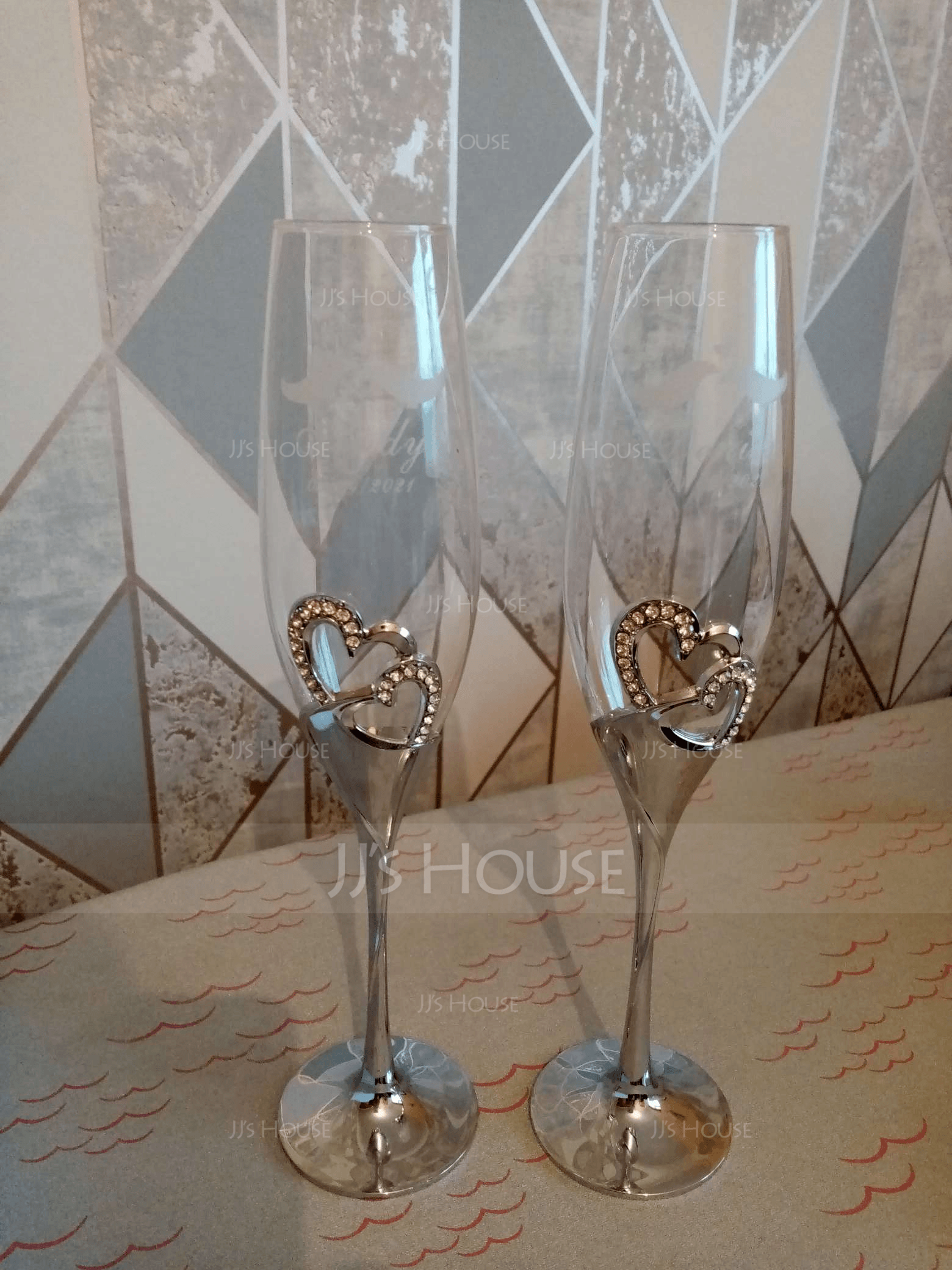 Groom Gifts - Personalized Elegant Alloy Glass Champagne Flutes (Set of 2)