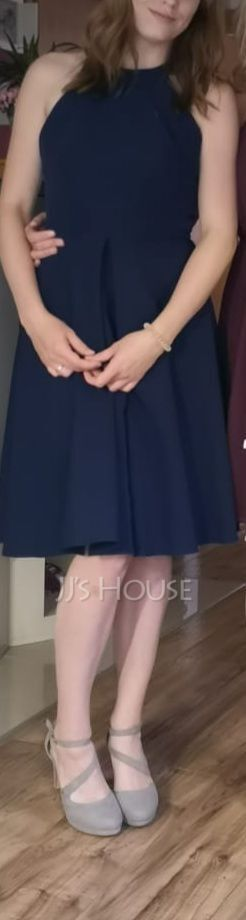 A-Line Scoop Neck Knee-Length Satin Homecoming Dress With Ruffle